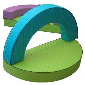 ZOFY - sestavljiva večfunkcijska sedežna kompozicija/igralni poligon